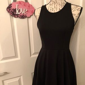 ⭐️COTTON ON BALCK DRESS SIZE SMALL